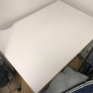 【中古】PCデスク・机・ワーキングテーブル プラス製