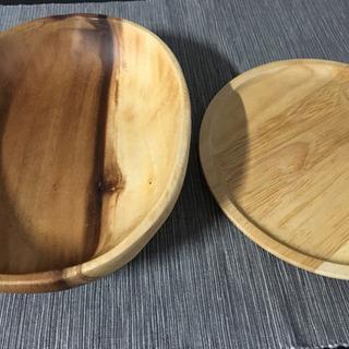 小鉢の木のお皿