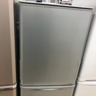 SHARP 3ドア 冷蔵庫 SJ-WA35B-S 2015年製の画像