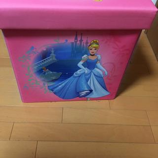 玩具箱ディズニープリンセス アリエル  − 愛知県