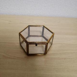 マライカ 六角形 ガラスケース