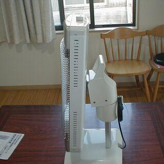 コロナ 遠赤外線電気ストーブ DH-1112R 訳あり商品 − 福岡県