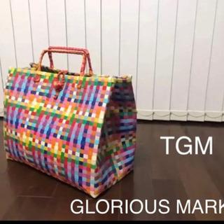 【TGM】グロリアスマーケット ビックサイズ 目を引く鮮や…