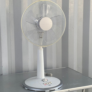 格安で!ユアサ 扇風機◇2011年製◇5枚羽◇YT-30E8WS★