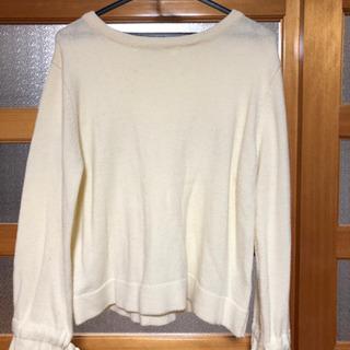ローリーズファームの薄手のセーター