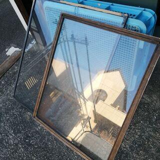 枠あり透明ガラス2枚