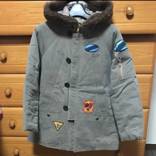 BETTY'S BLUE  コート