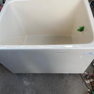 未使用の浴槽