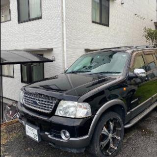 人気の フォード エクスプローラ ブラック 4WD