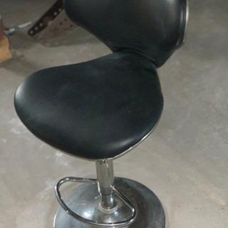 バーカウンター椅子です‼️しっかりしてます‼️