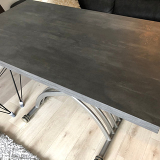 サリスカンディ ガス圧昇降式リビングテーブル 使用一年程度