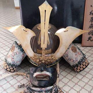 甲冑(兜と鎧) 等身大の精巧なレプリカ(重厚)