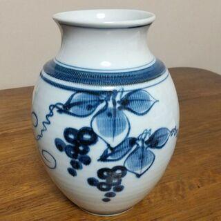 花瓶 2500円