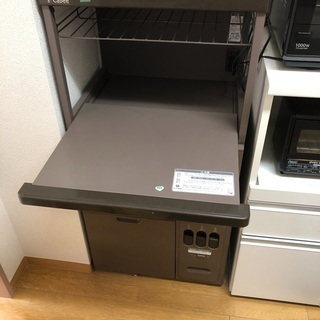 【11/29引取者決定】米びつ付きレンジ台 - 小平市