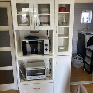 【決まりました】食器棚 白 W900xD440xH1800の画像