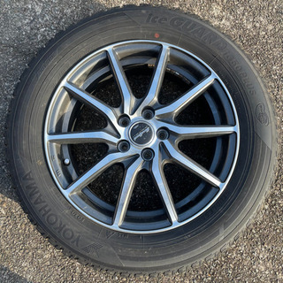 205/60 R16 スタッドレスタイヤ 4本セット 使用…