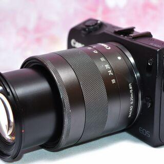 Canon EOS M ミラーレス一眼❤WiFiカード付き❤