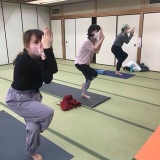 ヨガ参加者募集!(次回開催12/12土) 綱島駅5分 月2回 土...