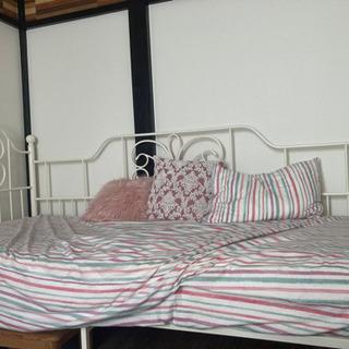 ニトリ パイプ 姫 シングルベッド