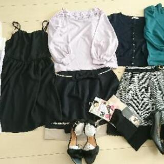 新品多数含む洋服、靴等色々☆☆ロディスポット、earth等
