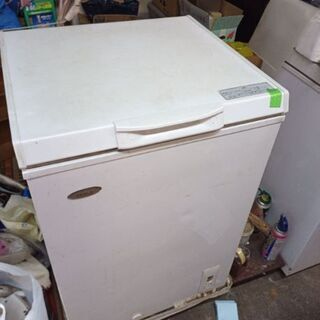 冷凍庫差し上げます。