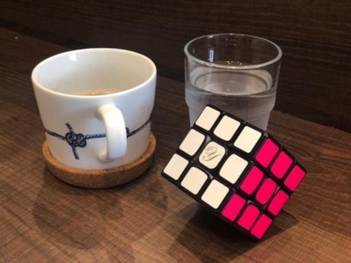 キューブ ヤミ ルービックキューブ◇6面を揃える攻略法・考え方を解説(初心者向け。6面揃うまでの攻略手順・流れをざっくり解説)