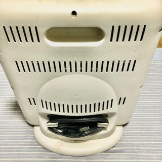 ポータブルヒーター (トイレ、脱衣所 などに設置)2台
