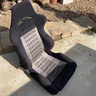 BRIDE リクライニングバケットシート