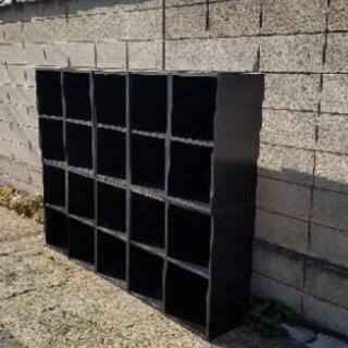 黒い棚、レコード棚、二段×10個【交渉受付】