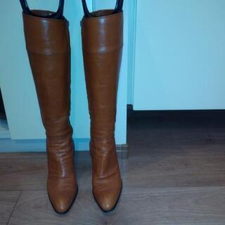 皮のブーツ ブラウン ダイアナ 日本製 サイズ24 中古