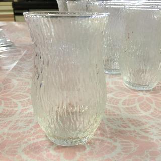 グラス 14個の画像