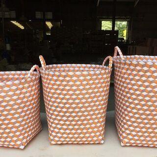 プラカゴ(編み込み) 3色編み模様 大中小 色5色 1つの値段です