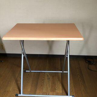 折畳テーブル