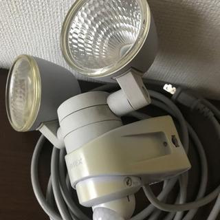 ムサシ RITEX 7W×2灯 LEDセンサーライト  − 京都府