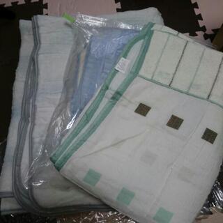 【12/6まで】新品あり まとめて売ります‼ 毛布 敷きパッドなど…