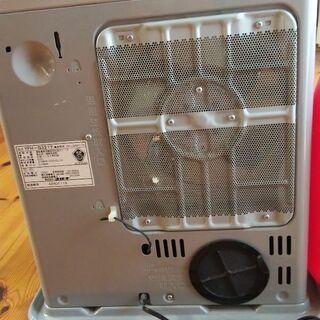 【お譲り先決定】2011年製 ファンヒーター - 家電