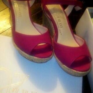 無料靴!女性サンダル、ミュール、新品Sサイズ