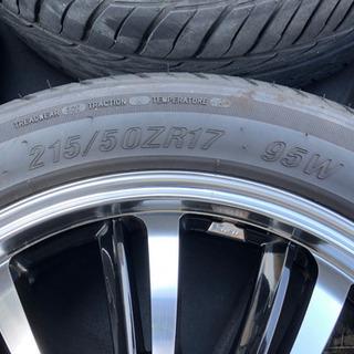 17インチタイヤアルミセット 70ヴォクシーにて使用 − 愛知県