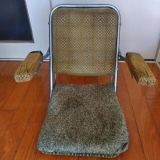 レトロな座椅子の画像