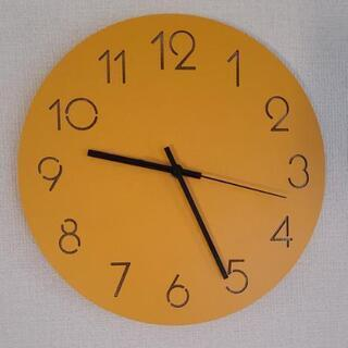 壁掛け時計イエロー