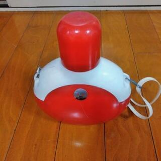 レトロな水筒の画像