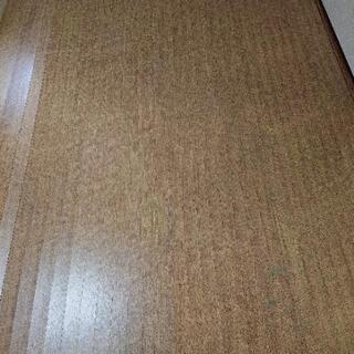 ウッドカーペットの画像