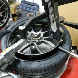 激安でタイヤ交換組み替えやります
