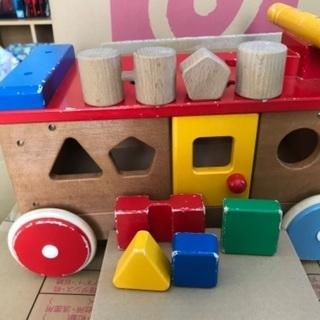 ミキハウス 車に乗れる 木製 知育玩具 パズルつみき