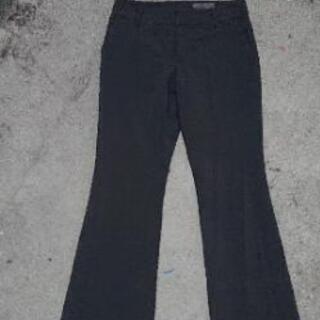 UNTITLEDアンタイルスーツにも合う黒パンツ綺麗め♥️