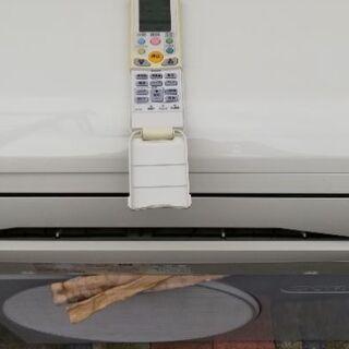 中古エア中古エアコンの配達・標準取付工事込。