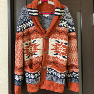 柄系 セーター。