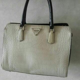【ネット決済・配送可】Guess handbag ハンドバッグ