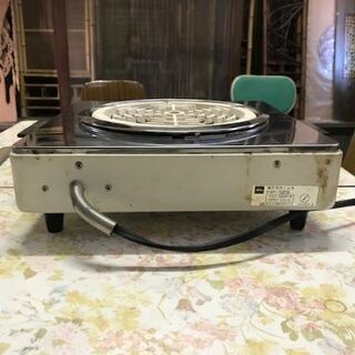 お鍋に最適 電気コンロ(東芝製:HP-129) − 千葉県