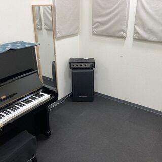 JR尼崎駅から徒歩5分。管楽器アンサンブル練習に最適なスタジオです。